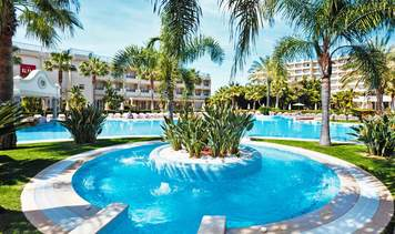 RIU Hotels & Resorts Guarana